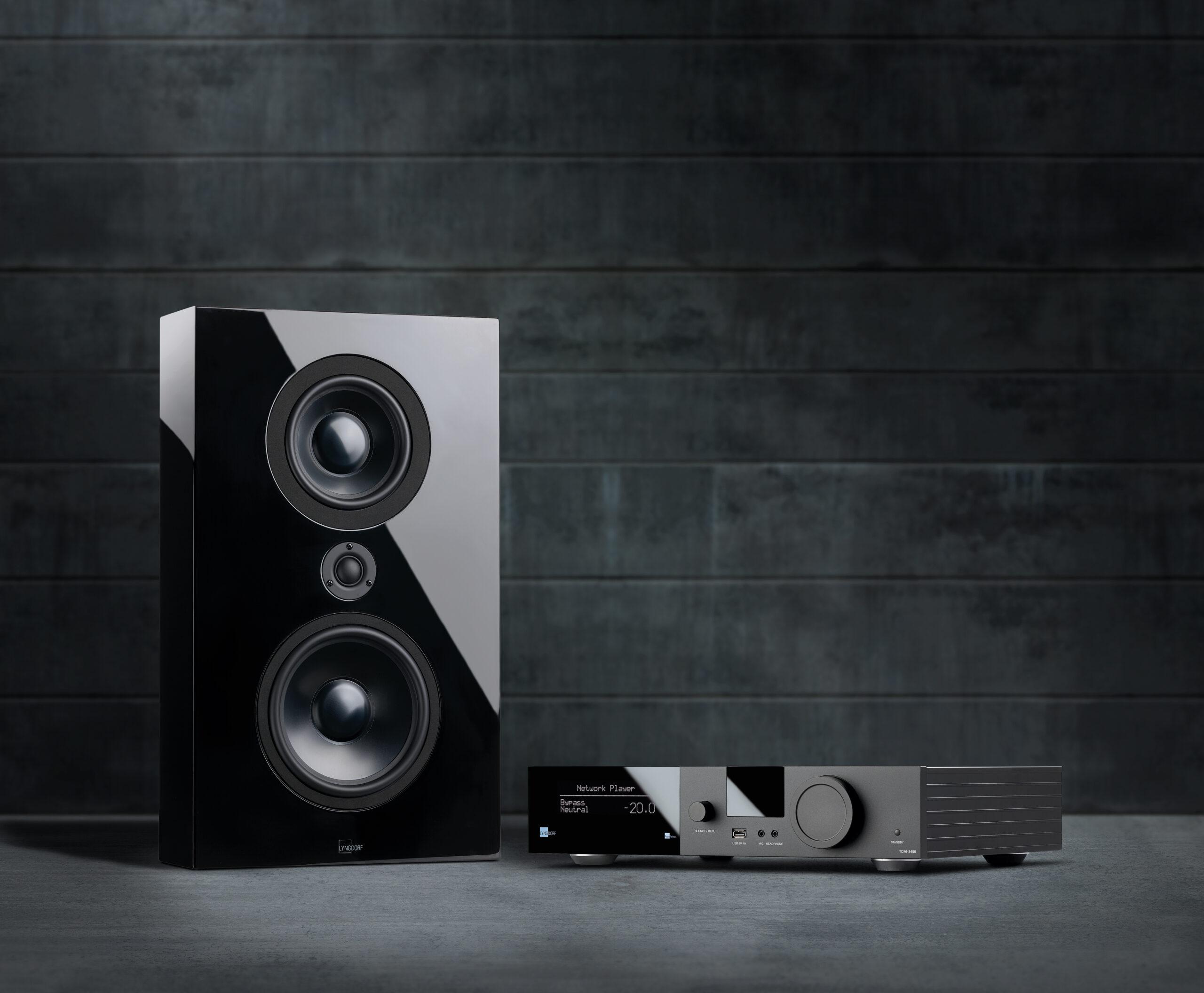 Black FR-1 and TDAI-3400